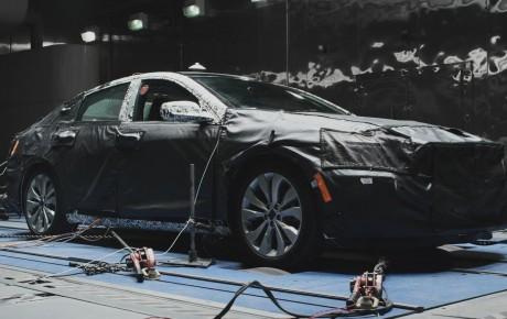 2016 Chevrolet Malibu test yürüşü (video)