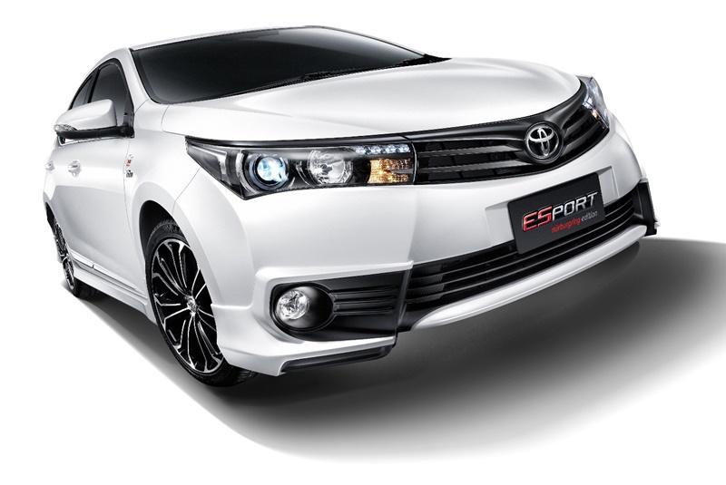 Toyota Corolla ESport Nyurburqinq versiyası
