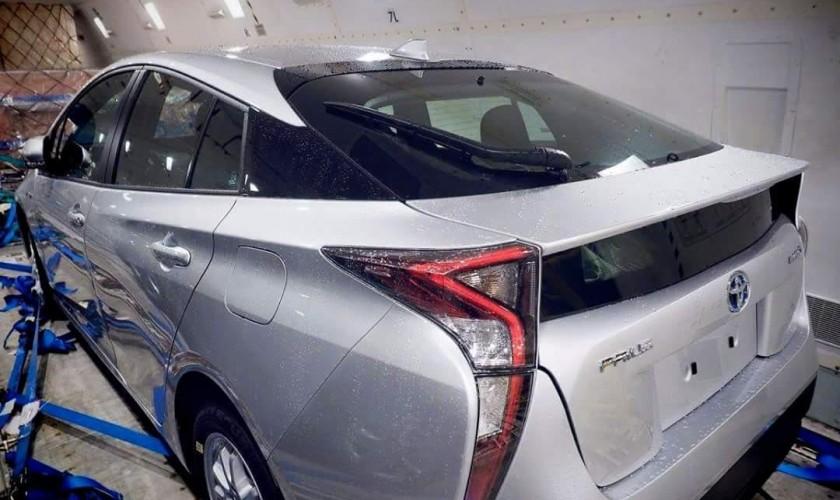 Yeni 2016 Toyota Prius modelinin ilkin görüntüsü